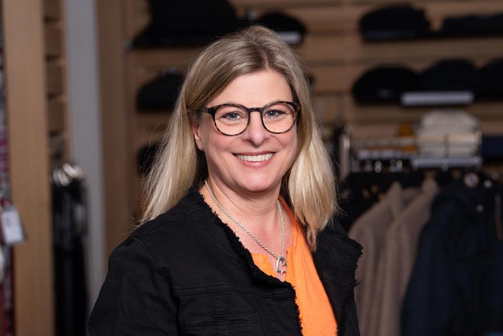 Britta Meisser, Verkauf